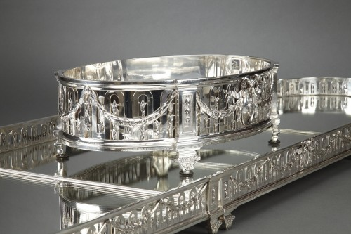 Goldsmith QUEILLE - Surtout of table and its planter in solid silver XIXth - Antique Silver Style Napoléon III