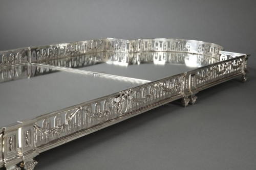 19th century - Goldsmith QUEILLE - Surtout of table and its planter in solid silver XIXth
