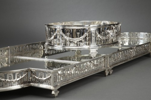 Goldsmith QUEILLE - Surtout of table and its planter in solid silver XIXth - Napoléon III