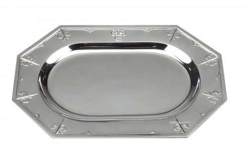 "CARDEILHAC silversmith - Solid silver dish, XIXth ""Fer de lance"" model"