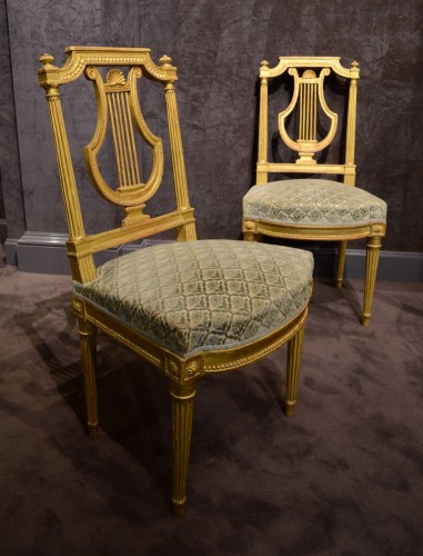 Suite of five Louis XVI period chairs with lyre back - Seating Style Louis XVI