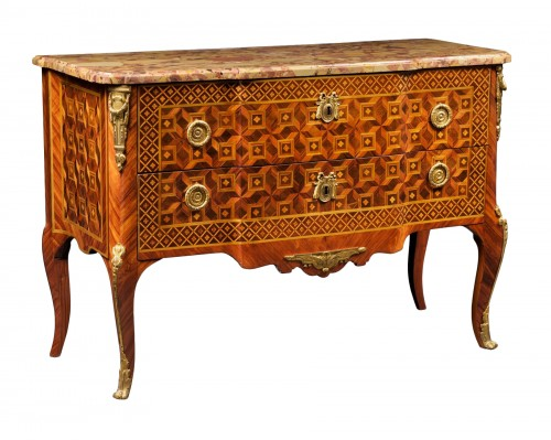 Fine Transition ormolu mounted tulipwood and marquetry Commode