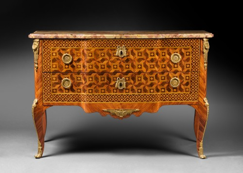 Fine Transition ormolu mounted tulipwood and marquetry Commode  - Furniture Style Transition