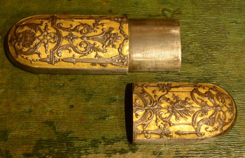 Objects of Vertu  - A fine Louis XV glasses case