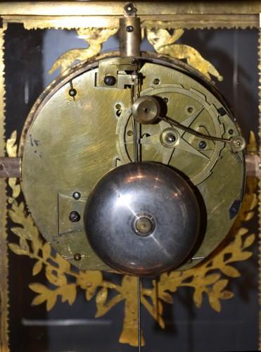 A fine Louis XVI ormolu Mantel Clock - Horology Style Louis XVI