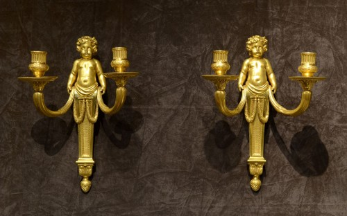 A fine pair of Louis XVI ormolu wall-lights - Lighting Style Louis XVI