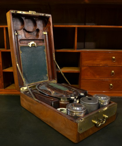 Objects of Vertu  -  A mahogany officer`s travelling dressing and breakfast set