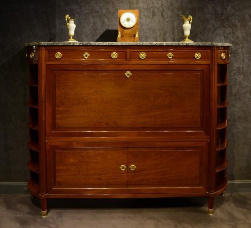 Large Louis XVI mahogany secrétaire -