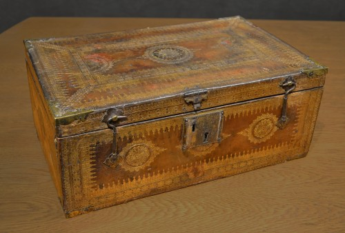 A Louis XIII gilt-tooled morocco leather box - Objects of Vertu Style Louis XIII