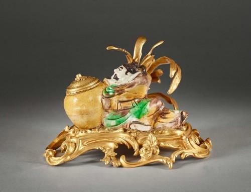 18th century -  Chinese enameled porcelain inkwell
