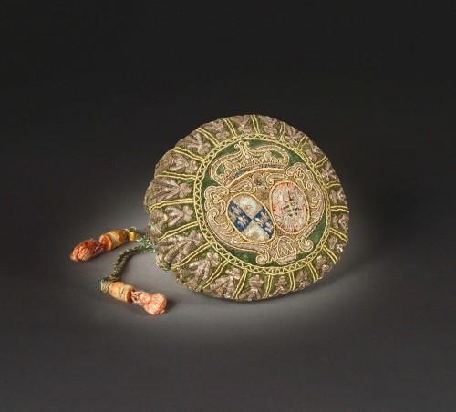 Objects of Vertu  - Coin purse with the arms of Marie-Josèphe de Saxe, Dauphine of France