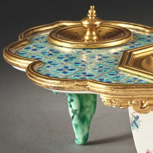 Polychrome porcelain inkwell from the Chantilly factory -
