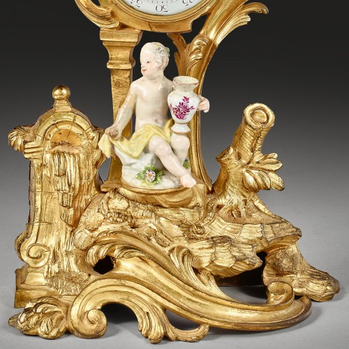 Trinket watch holder supporting a character in Meissen porcelain - Horology Style Louis XV