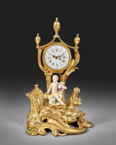 Trinket watch holder supporting a character in Meissen porcelain -