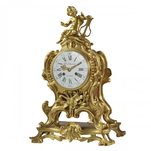 Mantel clock to the Allegory of the Music