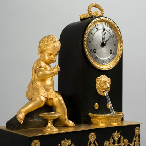 Clocks  - Bronze mantel clock, 19th century