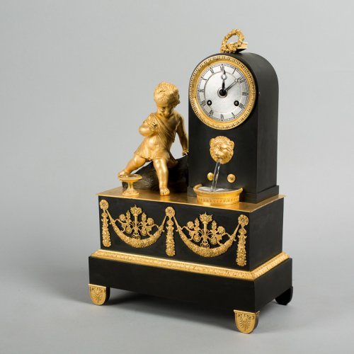Bronze mantel clock, 19th century -