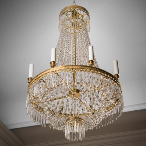 Fine gilt bronze and cristal chandelier of Restauration period