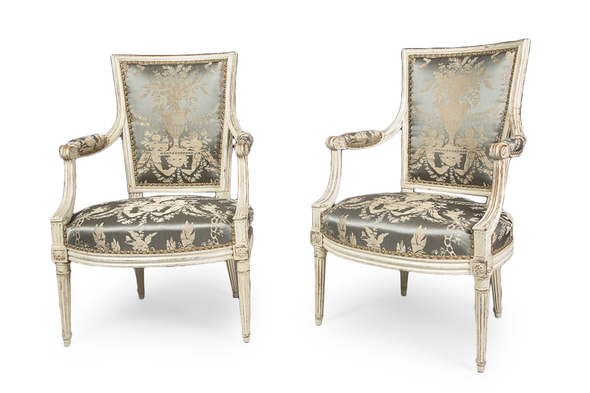 paire de fauteuils d 39 poque louis xvi estampill s de. Black Bedroom Furniture Sets. Home Design Ideas