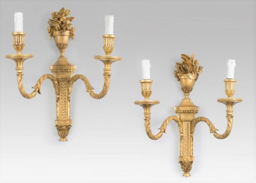 19th century - Pair of Louis XVI style giltwood sconces
