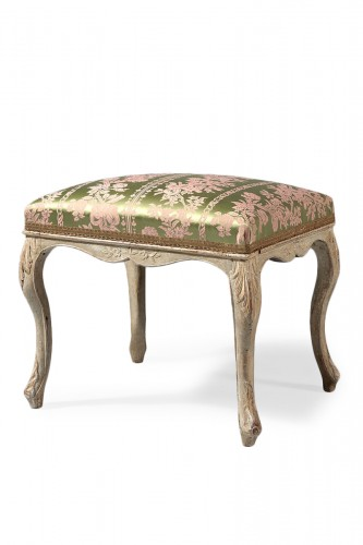 French Louis XV gray lacquered stool