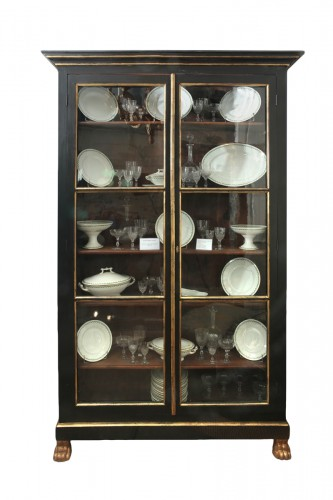 French late 18th century Blackened Pearwood Showcase