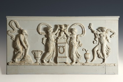 18th century - Wooden bas-relief, Love disarmed by the nymphs