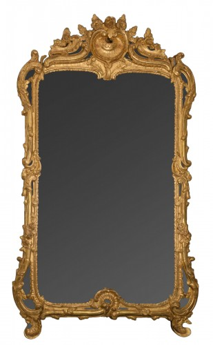 Early Louis XV period giltwood mirror