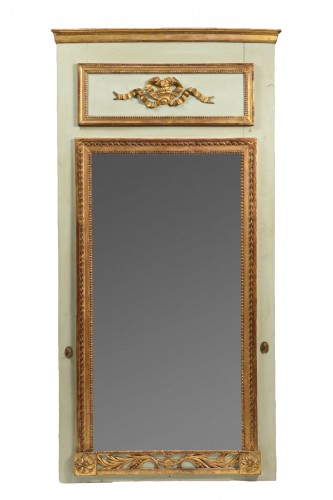 Green and Parcel Gilt Lacquered Pier Glass Mirror