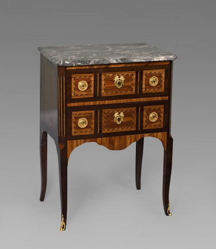 Commode sauteuse Louis XV - Mobilier Style Louis XV