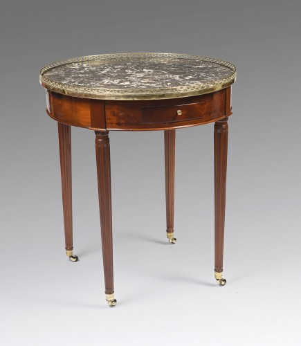 18th century - Louis XVI hot bouillotte table