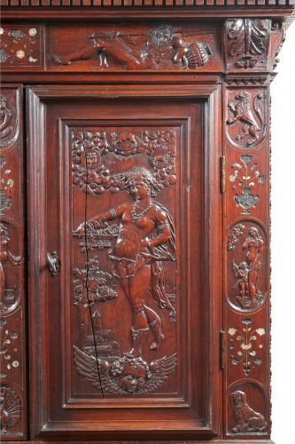 Rare Renaissance cabinet richly carved -