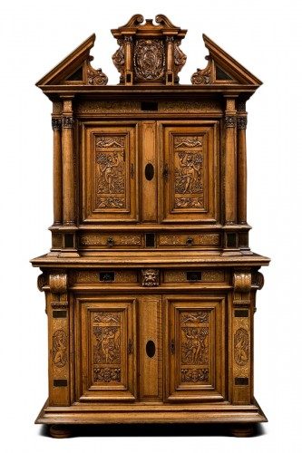Fontainebleau Renaissance cabinet bearing the Dodieu's family coat-of-arms