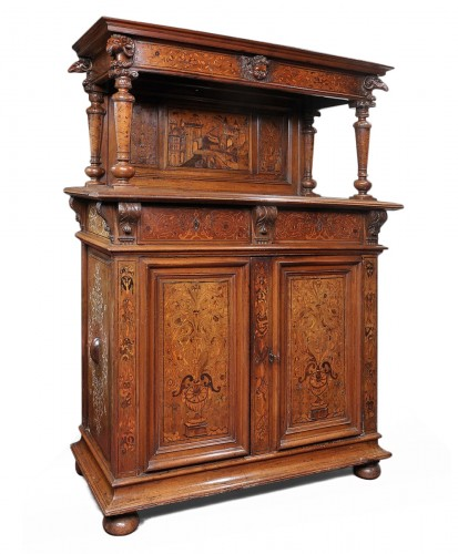 Rare Renaissance dressor decorated with marquetry and pastiglia