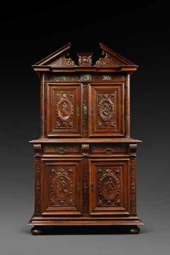 Henri IV walnut cabinet with marble inlays - Furniture Style Renaissance