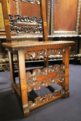 Italian chair of the Renaissance period -