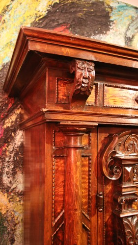Antiquités - Exceptional three columns cupboard