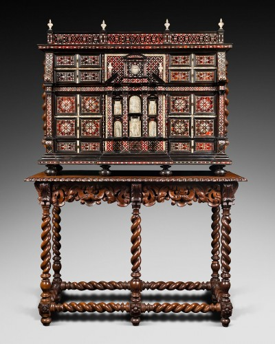 Exceptional red tortoiseshell cabinet with a mother-of-pearl decor - Furniture Style