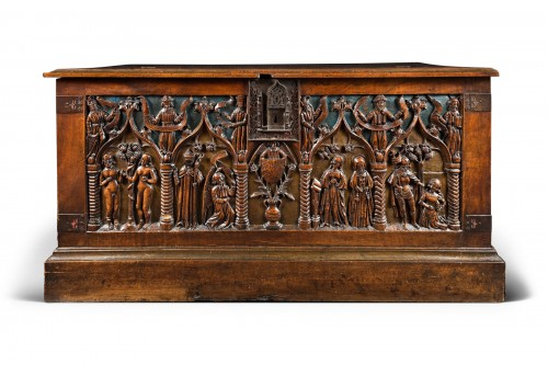 "French carved and polychromed walnut chest ""Louis XII"""