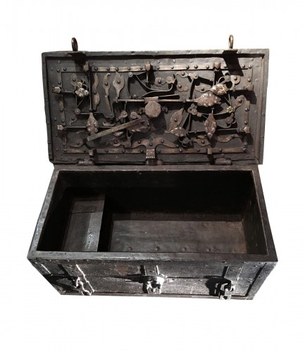 German armada chest of the 17th century