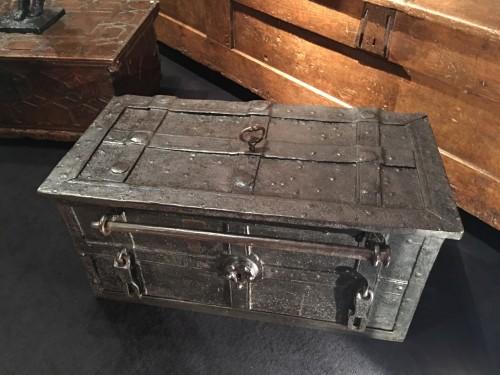 Curiosities  - German armada chest of the 17th century
