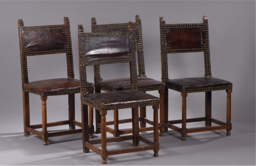 Set of four Renaissance back chairs - Seating Style Renaissance