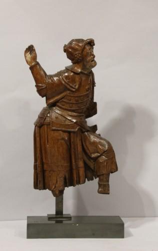 Sculpture  - Gothic antwerpen altarpiece element representing a warrior