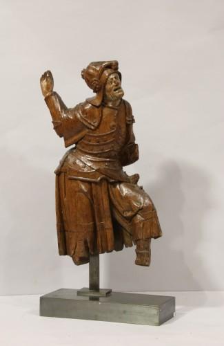 Gothic antwerpen altarpiece element representing a warrior -