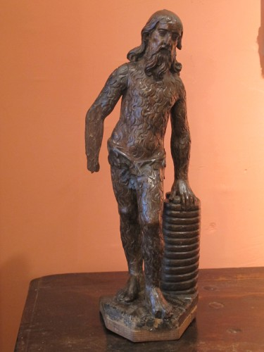 Wood sculpture representing a wild man - Sculpture Style
