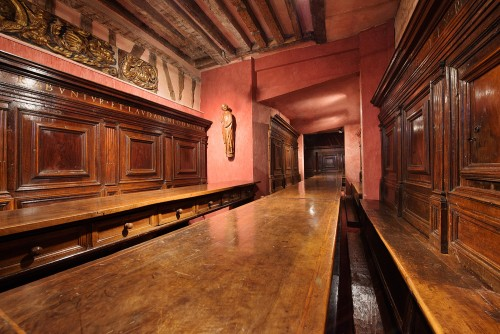 A North Italian Renaissance carved walnut refectory - Renaissance