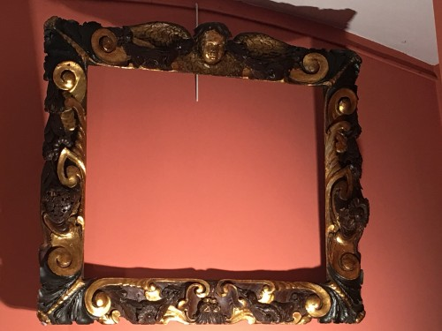 Rare partly gilt carved wood frame of Sansovino - Decorative Objects Style Renaissance