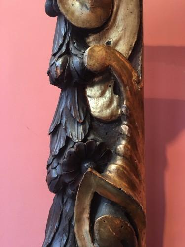 Rare partly gilt carved wood frame of Sansovino - Renaissance