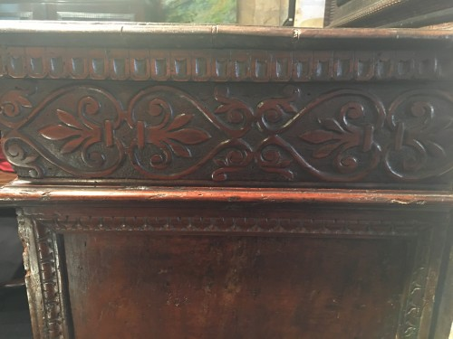 Furniture  - Important Renaissance carved walnut credenza