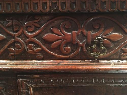Important Renaissance carved walnut credenza - Renaissance